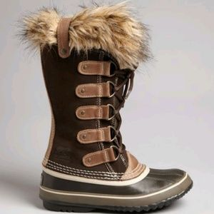 Perfect Sorel Joan of Arctic size 8